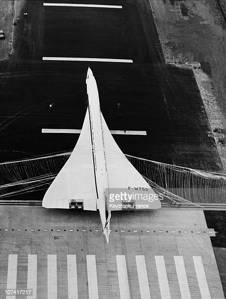 Second Penetration Of The Nylon Barrier Of The Hispano Suiza Arresting System In France On August 27Th 1968