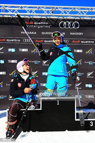 Second place Stephanie Jallen of the United States and first place Melanie Schwartz of the United States pose during the flower ceremony for the...