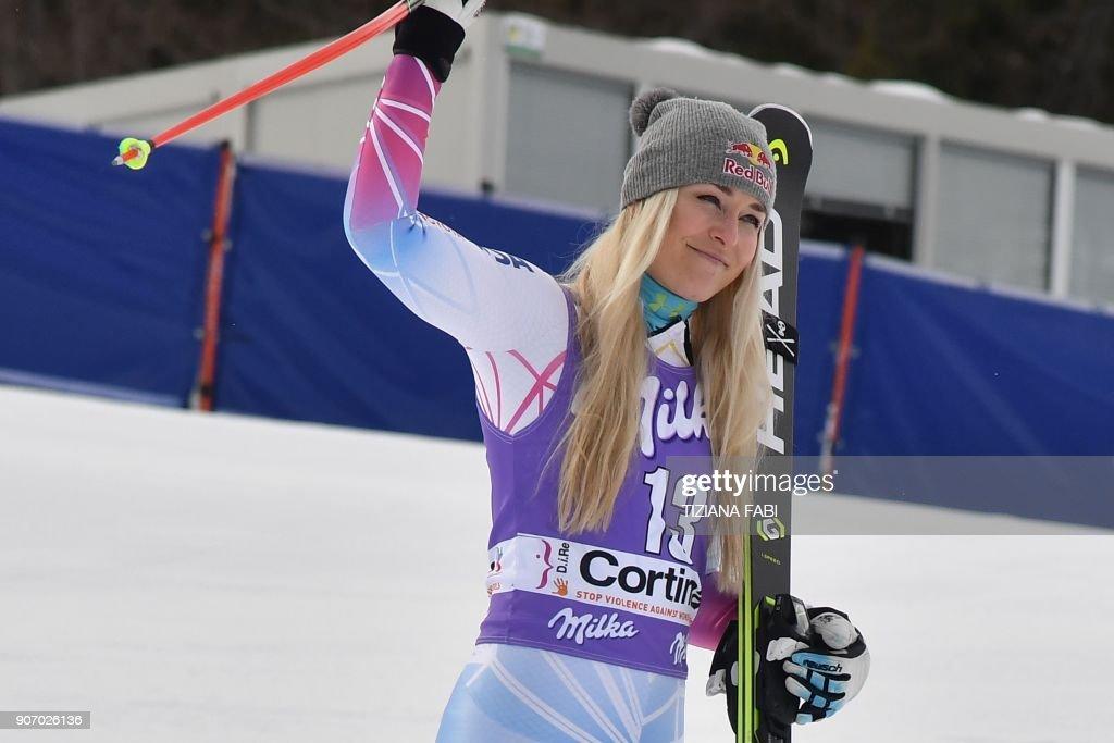 SKI-ALPINE-WOMEN-WORLD-DOWNHILL-PODIUM : News Photo