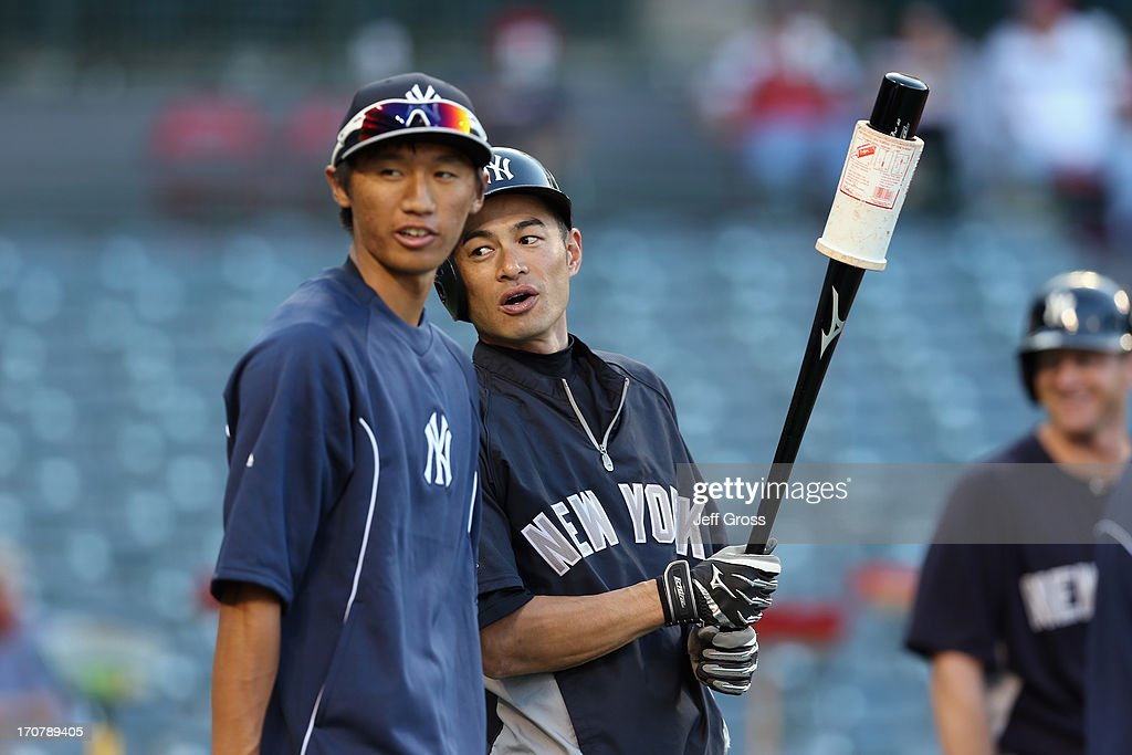 New York Yankees v Los Angeles Angels of Anaheim : News Photo