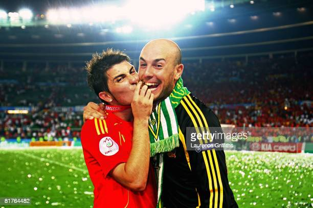 Second Spanish goalkeeper Pepe Reina and teammate David Villa celebrate after the UEFA EURO 2008 Final match between Germany and Spain at Ernst...