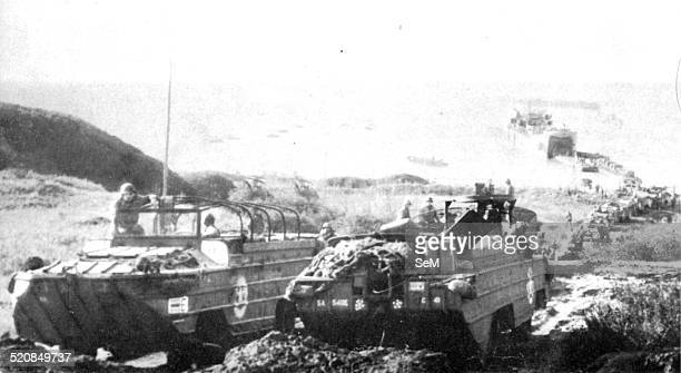 Second World War Italy 1944Anzio On 22 January 1944 the forces of the 5th US Army landing aboard amphibious armored type DUKW
