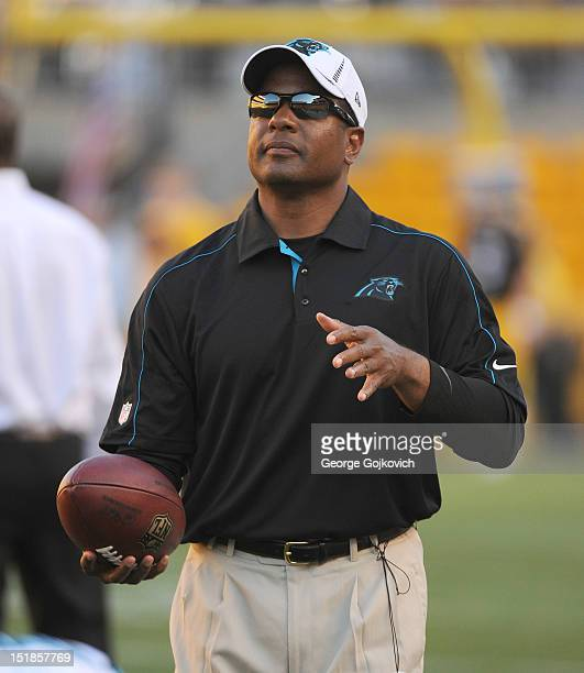 San Diego Chargers Defensive Coordinator: Steven Wilks Stock Photos And Pictures