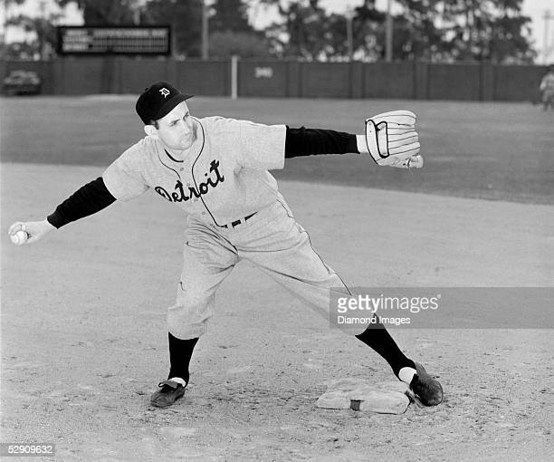 Secondbaseman Charlie Gehringer of the Detroit Tigers poses for an action protrait on March 5 1940 during Spring Training in March 1940 in Lakeland...
