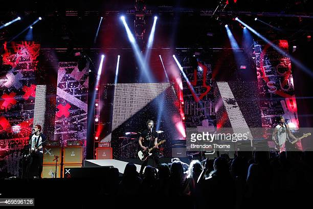 Seconds of Summer perform during the 28th Annual ARIA Awards 2014 at the Star on November 26 2014 in Sydney Australia