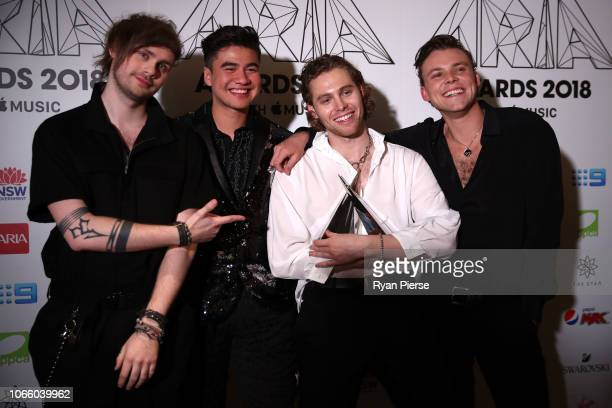 Seconds of Summer pose in the awards room with the ARIA Award for Song of The Year during the 32nd Annual ARIA Awards 2018 at The Star on November 28...