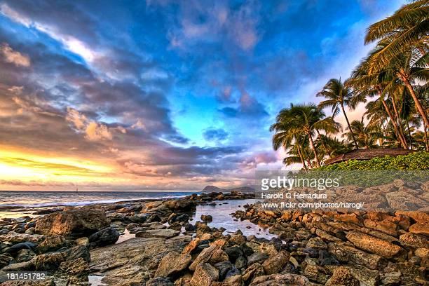 secret beach - オアフ島 ストックフォトと画像