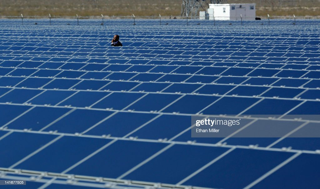 President Obama Visits Largest Photovoltaic Plant In U.S. In Nevada : News Photo