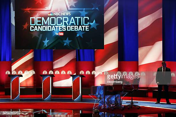 A Secret Service agent stands on stage before the Democratic presidential candidate debate in Charleston South Carolina US on Sunday Jan 17 2016...