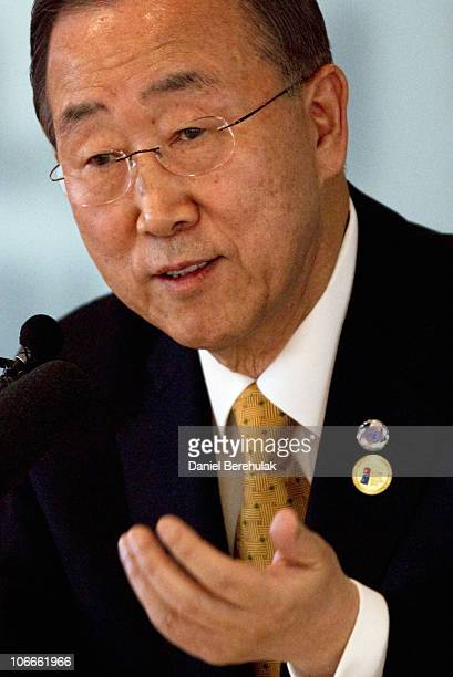 Secretary General Ban Ki-moon addresses the media at a press conference at the Seoul Foreign Correspondent's Club prior to the start of the 2010 G20...