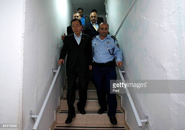 Secretary General Ban Ki-moon walks down into a bomb shelter during his visit to the situation room on January 20, 2009 in Sderot, Israel. Voicing...