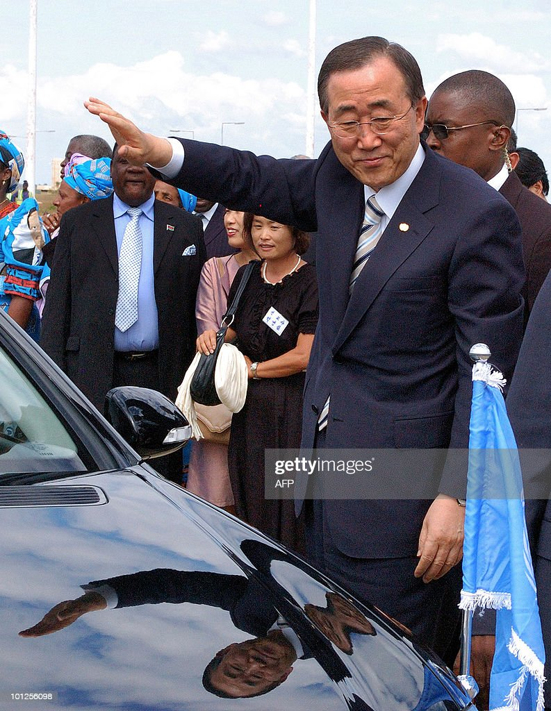 UN Secretary General Ban Ki-moon waves on his arrival at the airport in Lilongwe on May 29, 2010. Ban Ki-moon will be meeting President Bingu wa Mutharika and speaking to parliament.