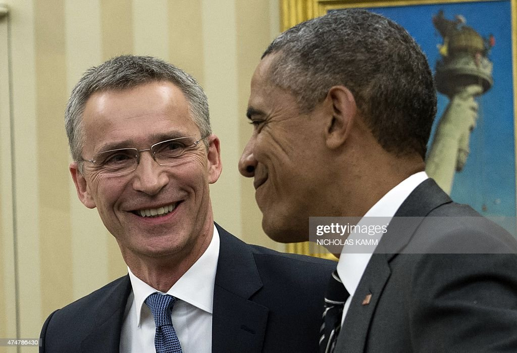 US-NATO-DEFENSE-OBAMA STOLTENBERG : News Photo