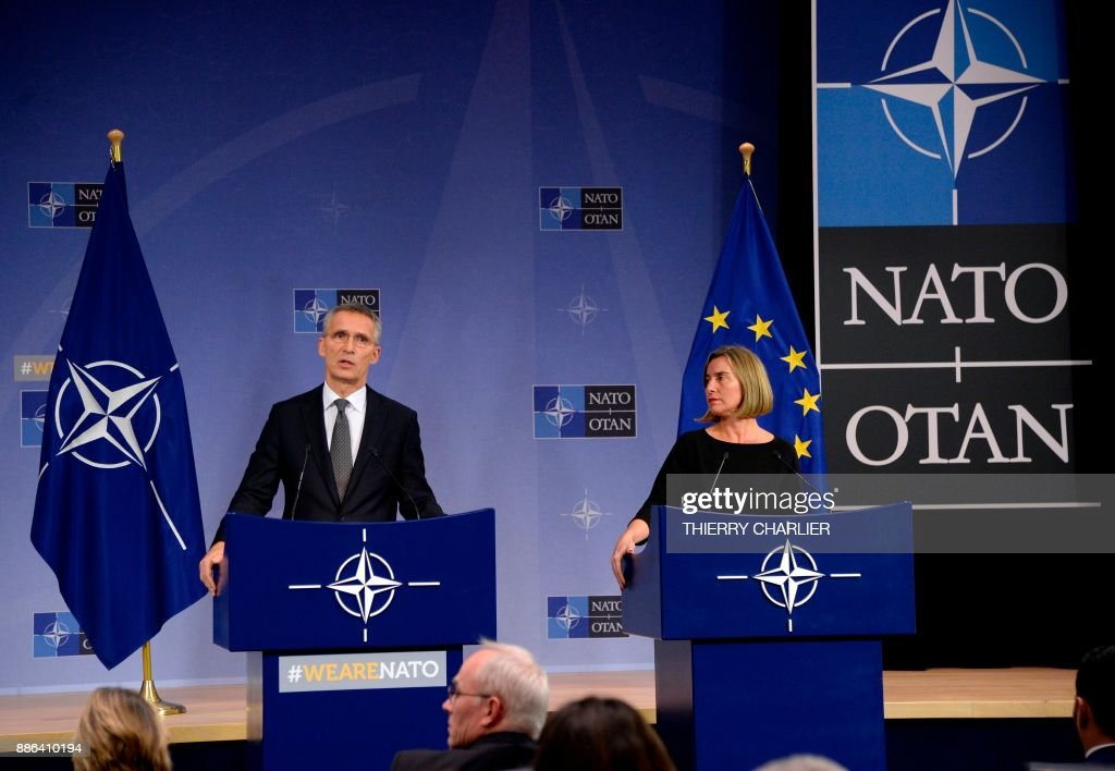 BELGIUM-NATO-FOREIGN-AFFAIRS-MINISTERS-MEETING : News Photo