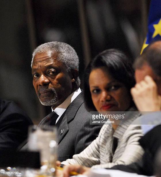 UN Secretary General Kofi Annan addresses the media in regards to proposals for the IsraeliPalestinian Peace Process HE Ms Condoleezza Rice Secretary...