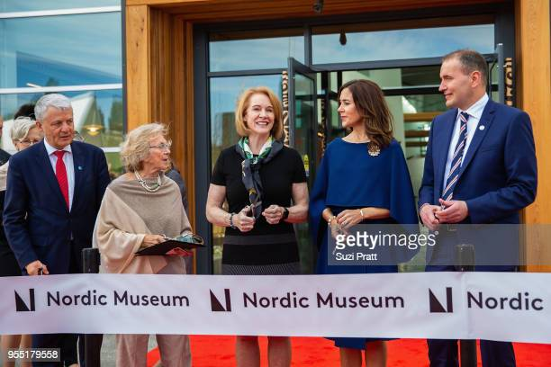 Secretary General of Nordic Council of Ministers Dagfinn H¿ybraten Nordic Museum Board President Irma Goertzen Mayor of Seattle Jenny Durkan Her...