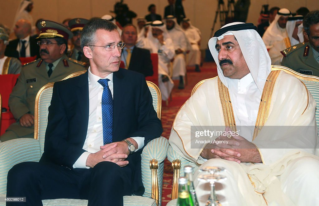Secretary General of NATO Jens Stoltenberg in Qatar : Nachrichtenfoto