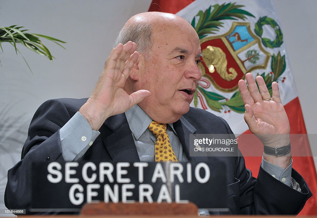 Secretary General of the Organization of American States (OAS), Jose Miguel Insulza, speaks during a press conference in the preopening activities of the 40th summit of foreign affairs ministers of the institution in Lima on June 5, 2010. Foreign affairs ministers of the 33 member countries shall meet for three days under the banner of 'Peace, Security and Cooperation of the Americas', beginning on June 6.