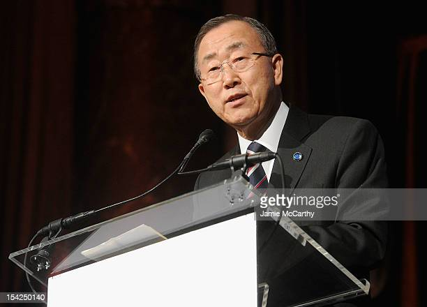 Secretary General of the United Nations Ban Kimoon attends the 2012 Global Leadership Awards Dinner at Cipriani 42nd Street on October 16 2012 in New...