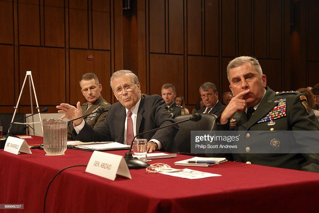 (left to right)Secretary of Defe : Fotografía de noticias