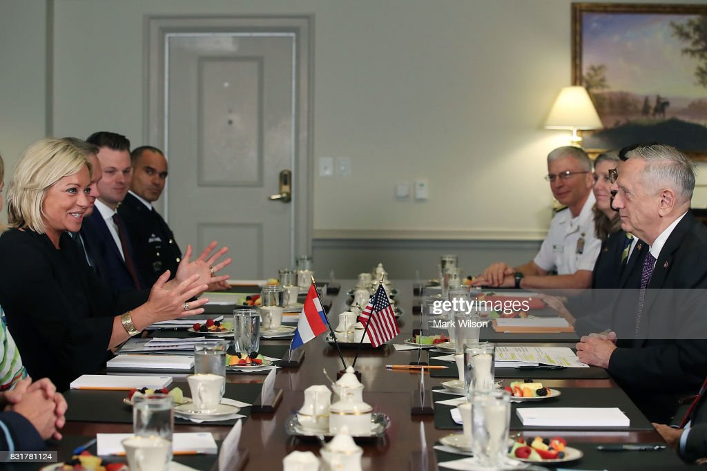 Secretary of Defense Jim Mattis (R) hosts a bilateral meeting with Her Excellency Jeanine Hennis-Plasschaert (L), Minister of Defense of the Netherlands during a honor cordon at the Pentagon, on August 15, 2017 in Arlington, Virginia.