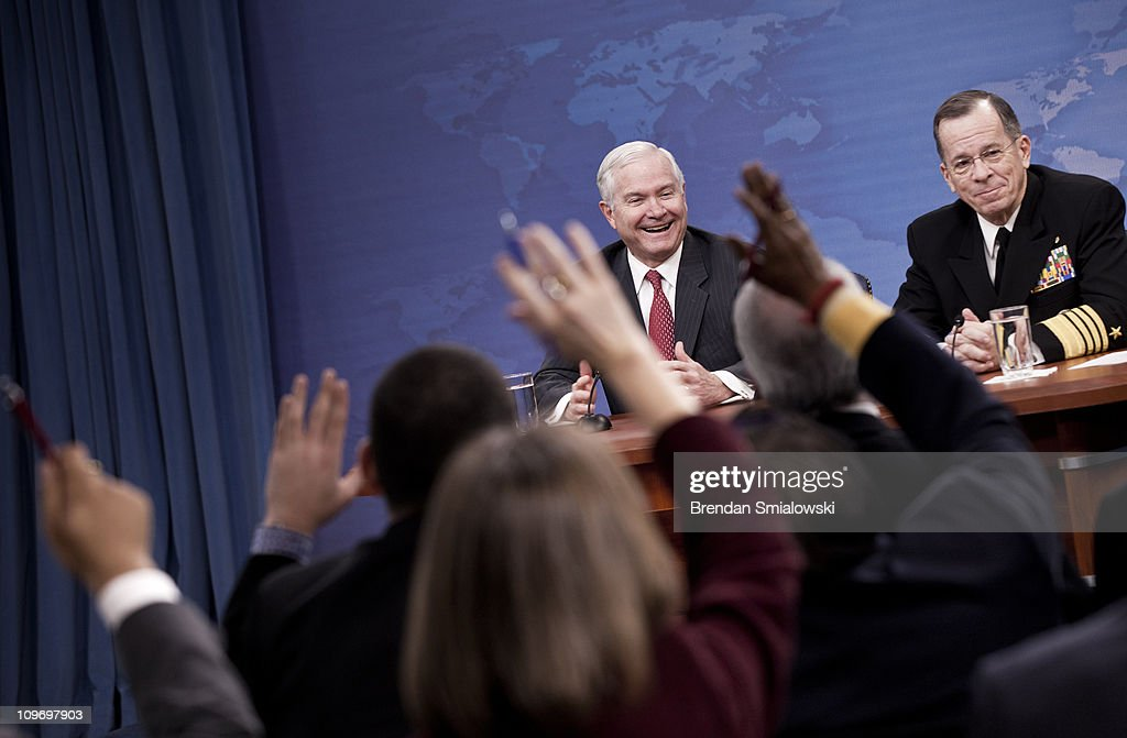 Defense Secretary Gates And Chairman Of The Joint Chiefs Of Staff Adm. Mike Mullen Hold Briefing