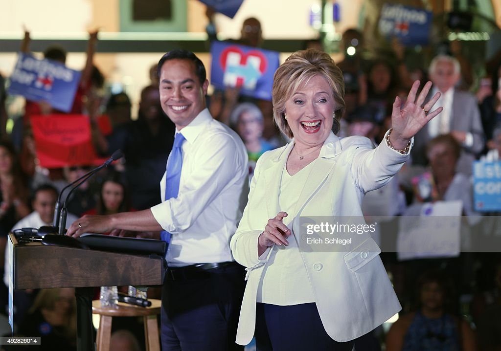 Democratic U.S. presidential hopeful Hillary Clinton Hosts Latinos For Hillary Event In San Antonio : News Photo