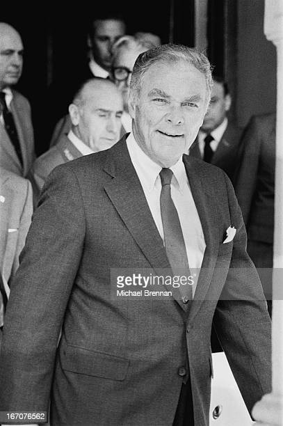 US Secretary of State Alexander Haig arrives in Buenos Aires to try and negotiate a ceasefire between Argentina and the UK 1982