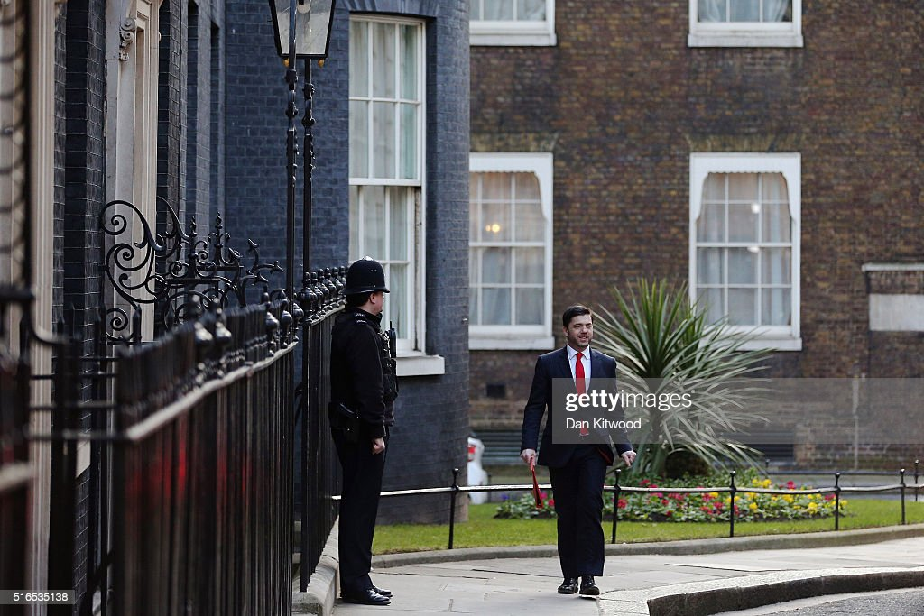 Secretary of State for Wales Stephen Crabb arrives at Downing Street for a Cabinet Meeting on March 16, 2016 in London, England. The Chancellor of the Exchequer George Osborne will deliver the next Budget today, where he will state that he needs to cut 50 pence in every £100 that the Government spends by 2020.