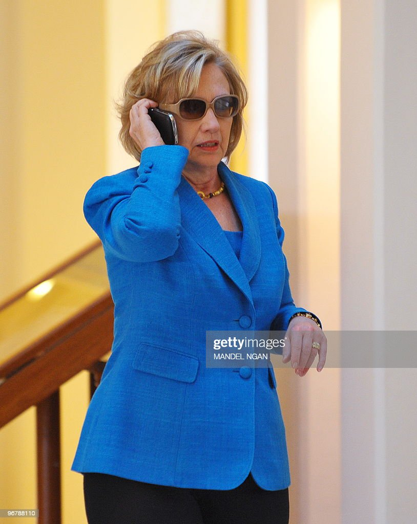 US Secretary of State Hillary Clinton sp : News Photo