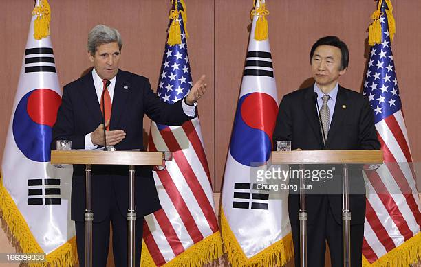 Secretary Of State John Kerry and South Korean Foreign minister Yun Byung-Se attend a joint press conference on April 12, 2013 in Seoul, South Korea....