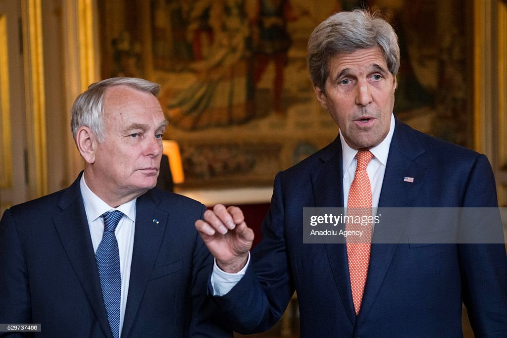 Ministerial meeting on Syria in Paris : News Photo
