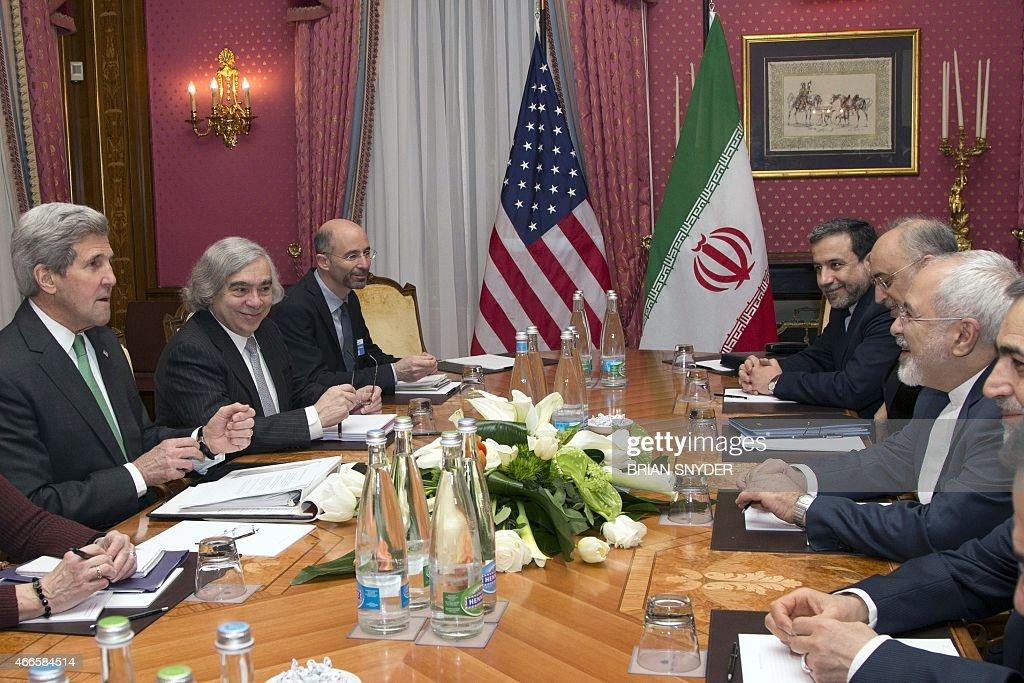 SWITZERLAND-IRAN-USA-NUCLEAR-KERRY-ZARIF : News Photo