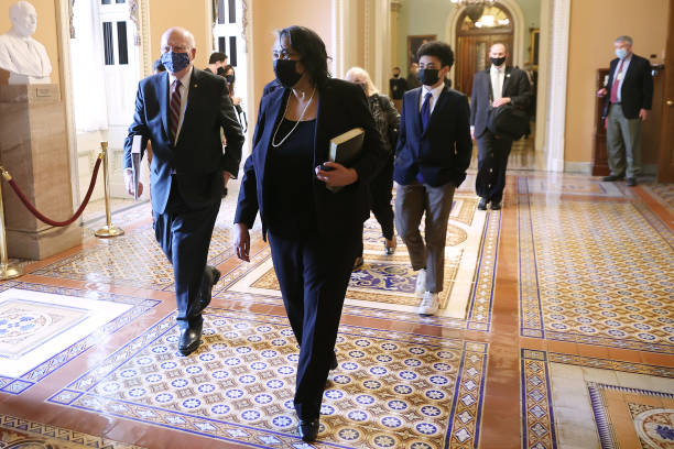 "DC: Sonceria ""Ann"" Berry Sworn In As First Black Secretary Of Senate"