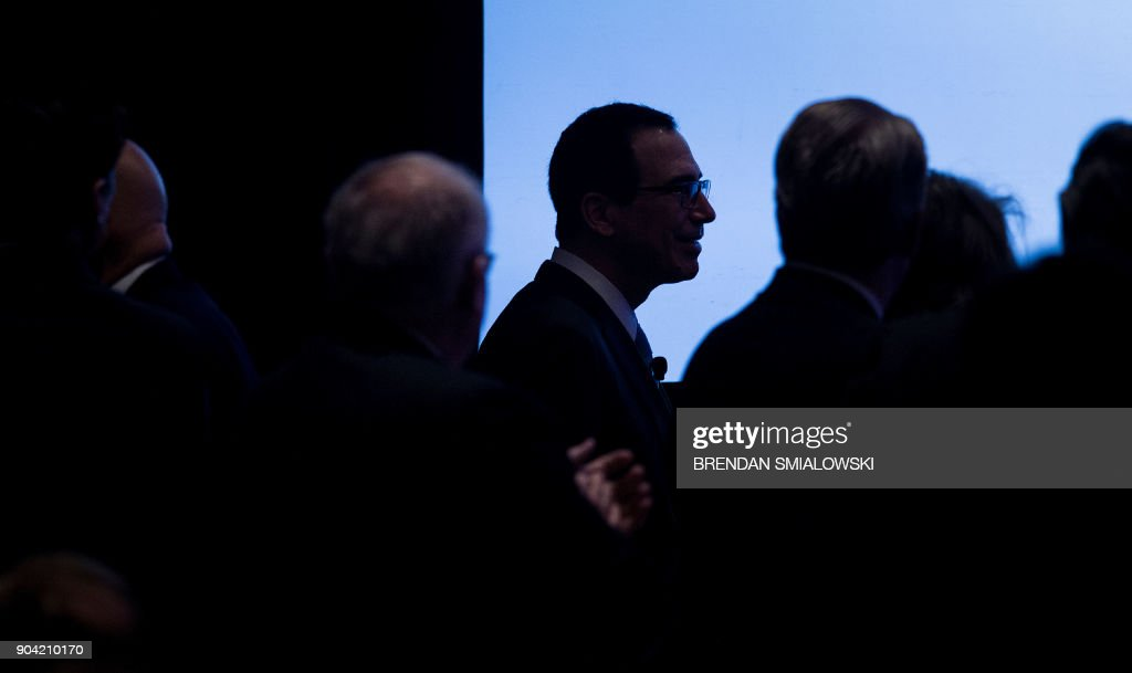 US Secretary of the Treasury Steven Mnuchin arrives for a meeting on tax reform at the Economics Club of Washington on January 12, 2018 in Washington, DC. / AFP PHOTO / Brendan Smialowski