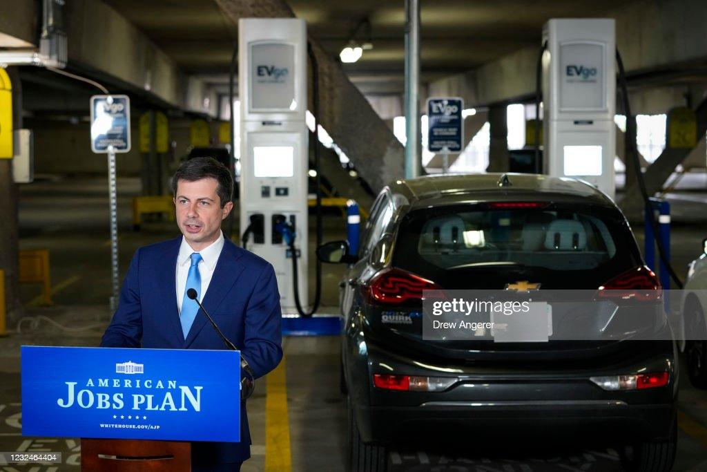 Transportation Secretary Buttigieg Highlights New Electric Vehicle Charging Station On Earth Day : News Photo