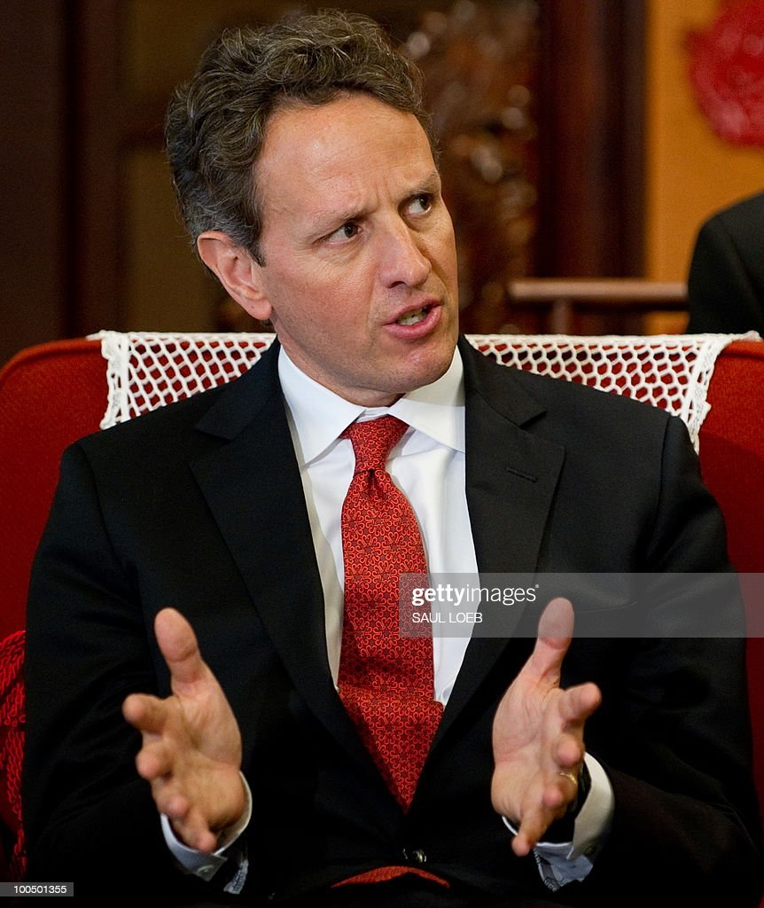 US Secretary of Treasury Timothy Geithner speaks during a meeting with Chinese Premier Wen Jibao at Zhongnanahai Leadership Compound in Beijing, May 25, 2010. AFP PHOTO / POOL / Saul LOEB