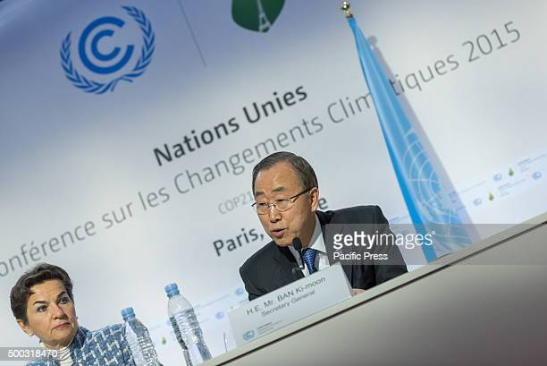 SecretaryGeneral Ban Kimoon and Christiana Figueres Executive Secretary UNFCCC delivers a press meeting during the COP21 the World Climate Change...
