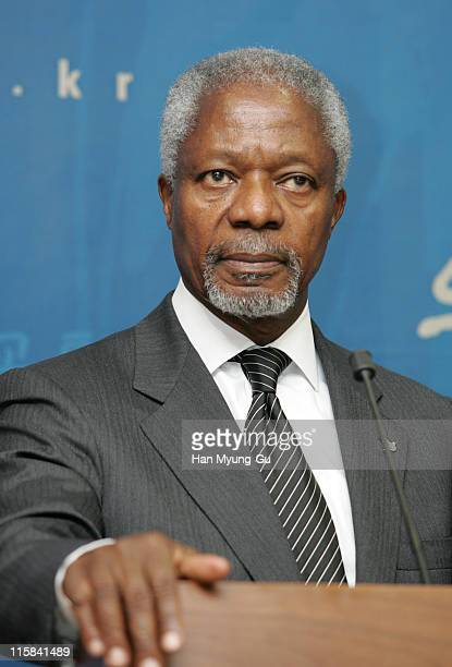 UN SecretaryGeneral Kofi Annan speaks during a joint press conference at the Ministry of Foreign Affairs and Trade in Seoul South Korea on Monday May...