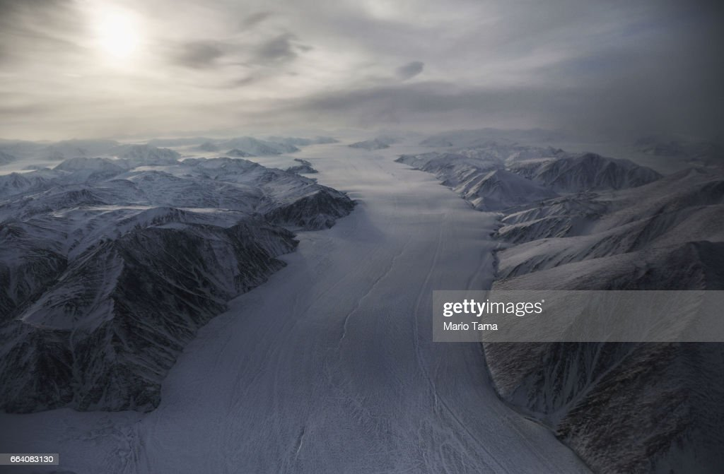 NASA Continues Efforts To Monitor Arctic Ice Loss With Research Flights Over Greenland and Canada : News Photo