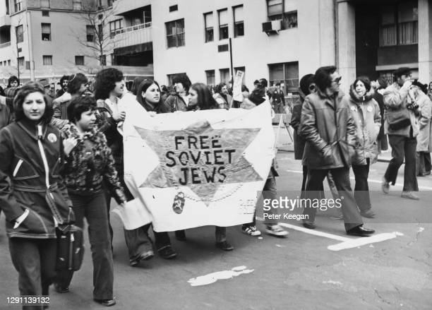 Section of New York's Jewish community carrying a banner reading 'Free Soviet Jews' during the Solidarity Sunday for Soviet Jewry demonstration in...