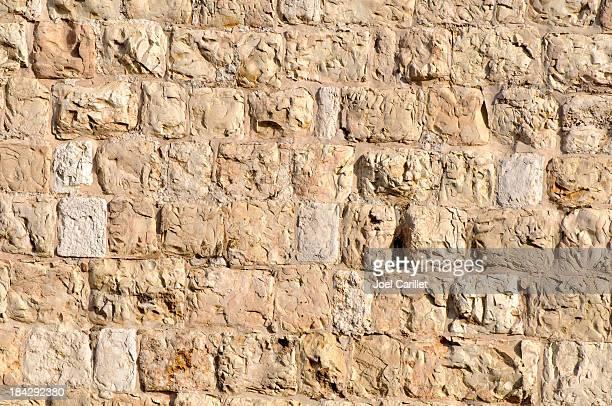 ottoman-ära steinmauer um die altstadt von jerusalem - jerusalem stock-fotos und bilder