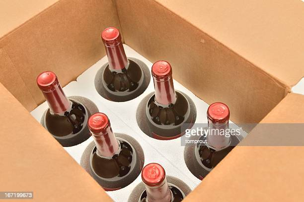 Secure shipping of wine bottles in a box