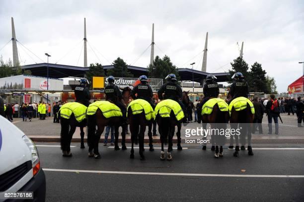Securite autour du Stadium de Villeneuve d'ascq Lille / PSG 2eme journee de Ligue 1 Stadium de Villeneuve d'ascq