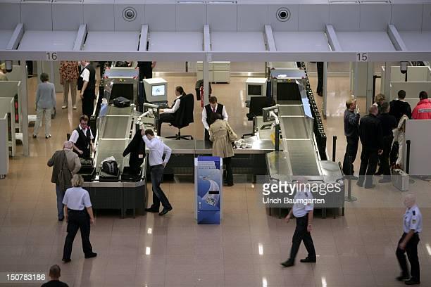 GERMANY HAMBURG Security check at the Hamburg airport