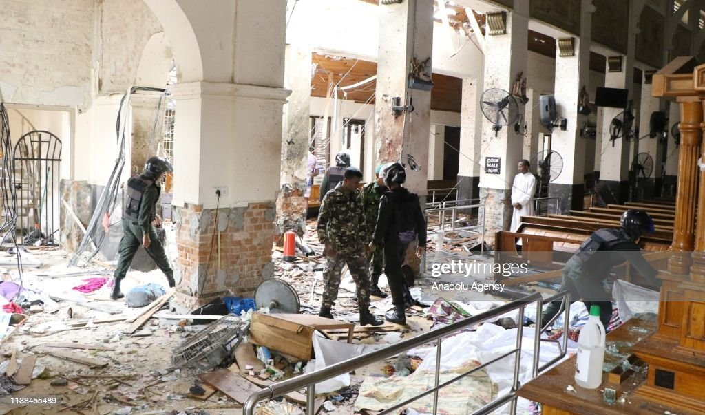 Explosions hit churches and hotels in Sri Lanka : Nieuwsfoto's