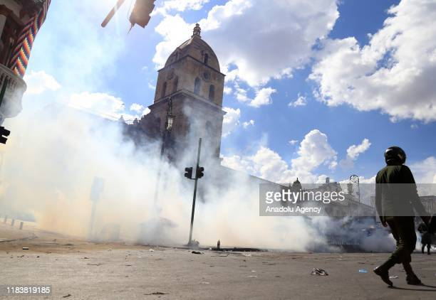 Security forces intervene in demonstrators due to their march to Murillo square for a funeral procession for the people killed during the security...