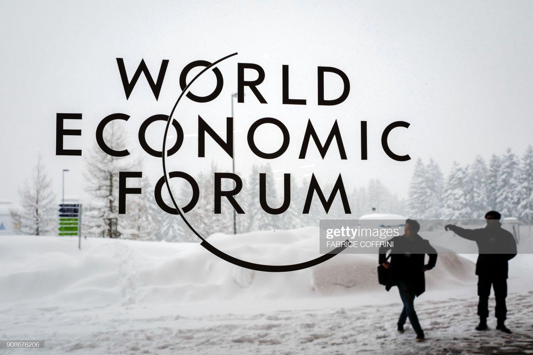 TOPSHOT-DAVOS-politics-economy-diplomacy-SUMMIT : News Photo