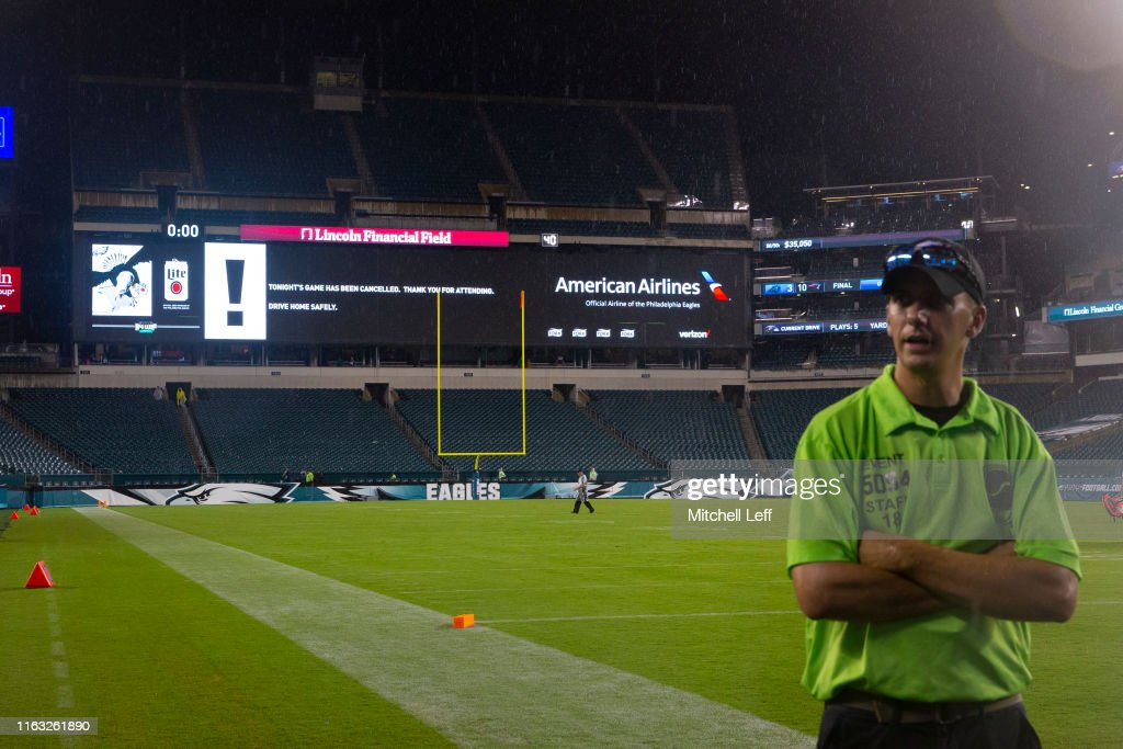 Baltimore Ravens v Philadelphia Eagles : News Photo