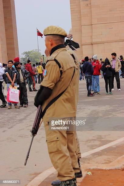 セキュリティ個人でインド門